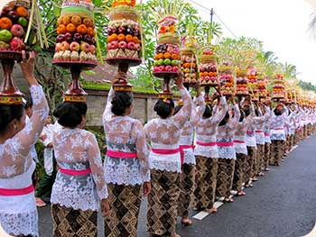bali-women